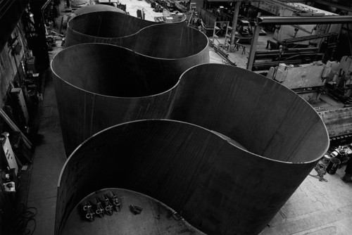 "Richard Serra, ""Band"" (2006)."